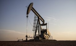 Oil – pawn in a political game