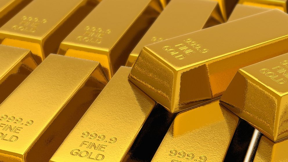 Gold Declines Before Federal Reserve's Decision as Dollar Rises