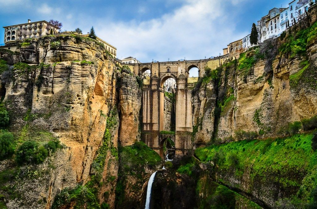 Two-centuries history above the Spanish gorge: Puente Nuevo