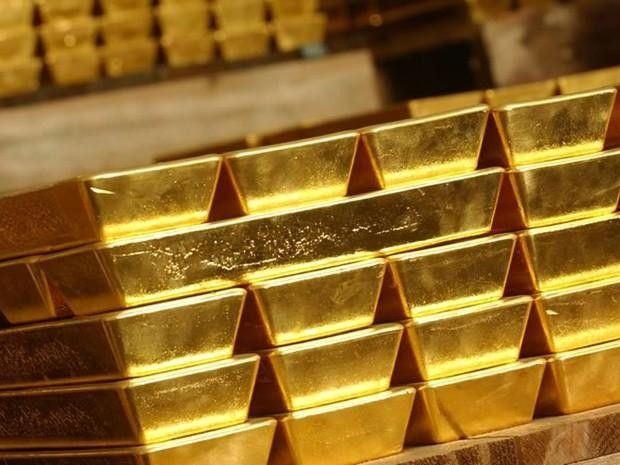 Gold Halts Longest Rally in Six Weeks on Steady U.S. Employment