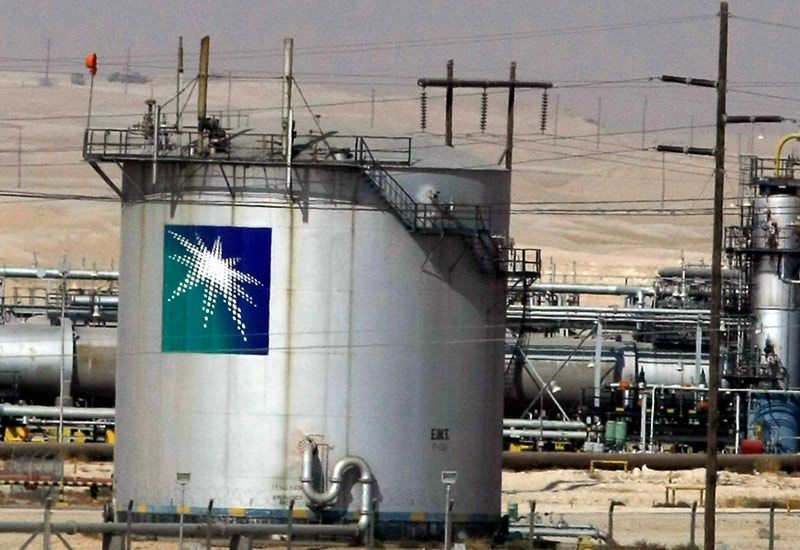 Saudi Arabia Cuts Oil Price to Asia as Battle With Iran Heats Up