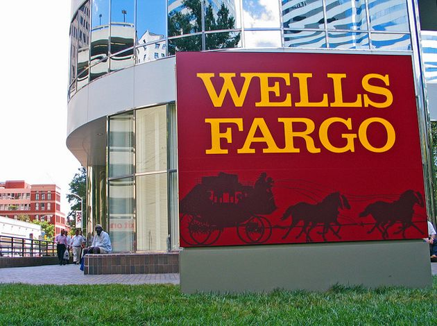 Berkshire Said to Draw Fed Scrutiny Over Wells Fargo Investment