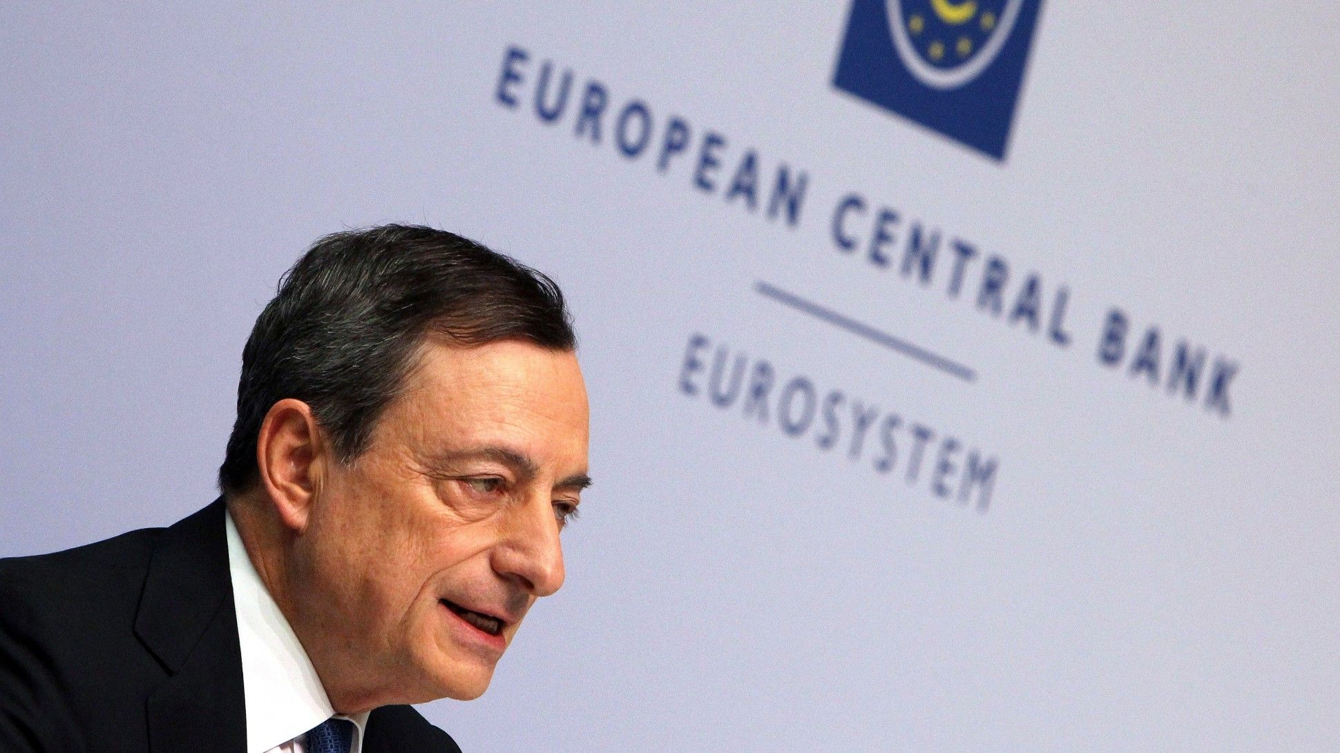 Draghi Points to 2019 as Time for Inflation Mission Accomplished