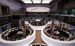 EU Said to Warn Deutsche Boerse-LSE Merger May Crush Rivals